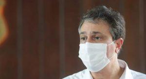 Governador Camilo Santana tem celular hackeado por quadrilha que aplica golpe financeiro