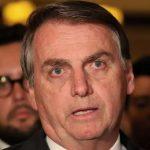 Bolsonaro chama de 'idiota' quem defende comprar feijão: 'tem que comprar fuzil'